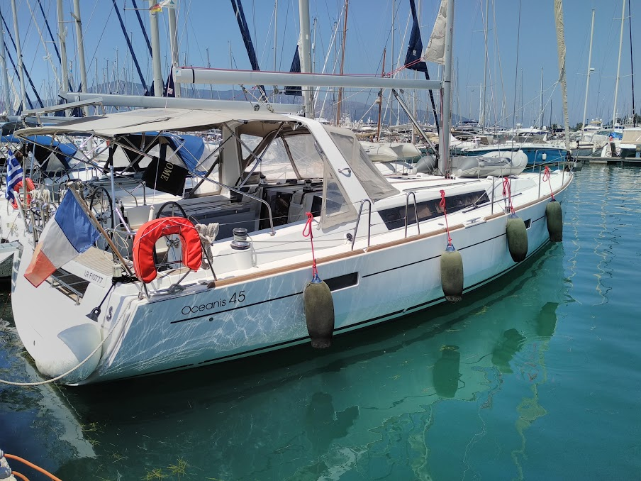 oceanis45-Grece-Gouvia